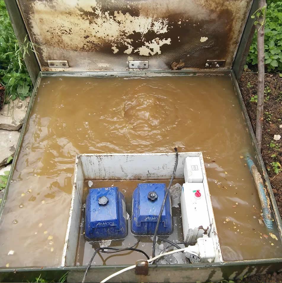kanalizatsiya-chastnogo-doma-foto-video-vidy-kakuyu-vybrat-kanalizatsiyu-5